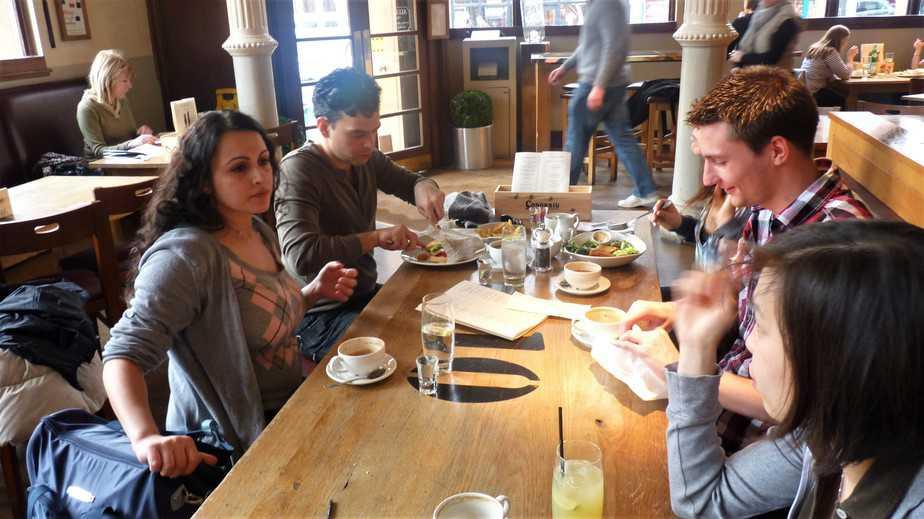 Drinking coffee with friends in Wimbledon - motherhooddiaries
