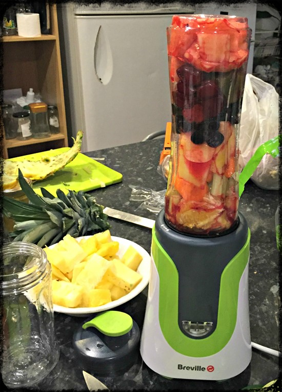 Cold busting smoothie - breville blend active - motherhooddiaries