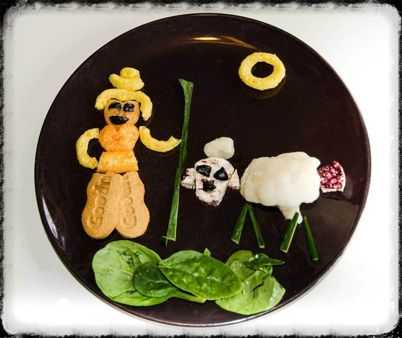 Nursery Rhyme Finger Food Plate - Little Bo Peep - Organix with motherhooddiaries.com