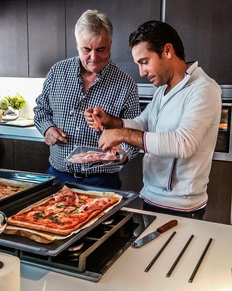 An afternoon of Prosecco and #bakewithme pizza with celebrity chef Gino D'Acampo