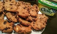 Cocoa, Almond and Raisin Cookies made with Clover - motherhooddiaries.com