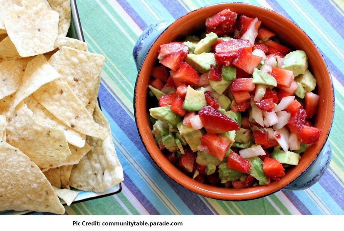 Strawberry stuffed salsa avocado - 10 stuffed avocado recipes - motherhooddiaries.com
