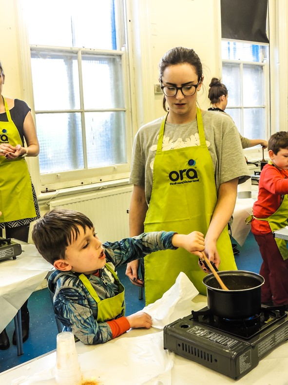 Making the lentil and spinach soup - Ora Cookery Event - motherhooddiaries.com