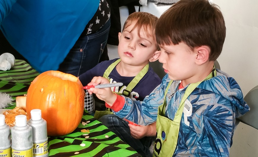 Decorating the pumpkin - Ora Cookery Event - motherhooddiaries.com