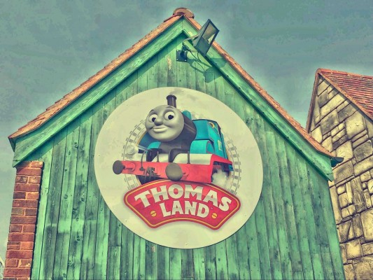 Thomas Land - Drayton Manor Park - motherhooddiaries.com