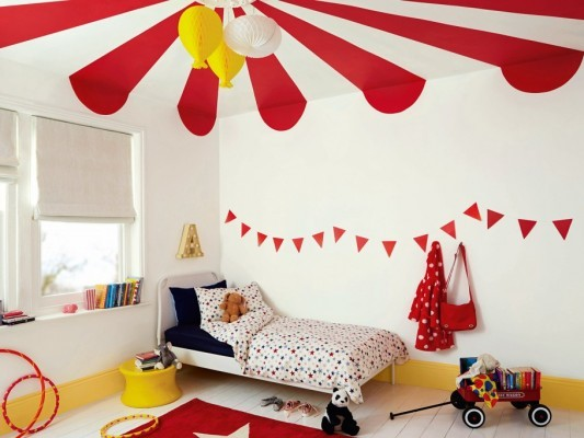 How to strengthen the bond with your children – decorate their bedrooms together!