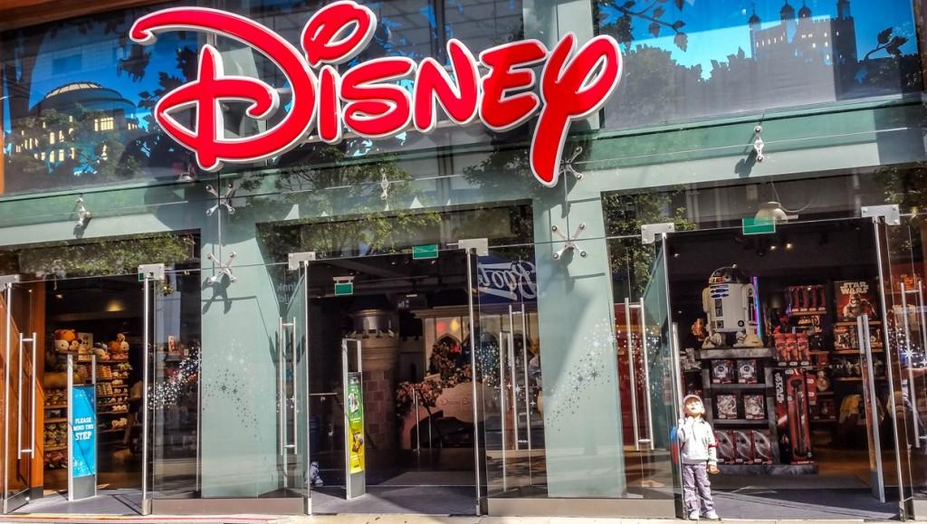 #PrintingDory Epson event at Disney Store