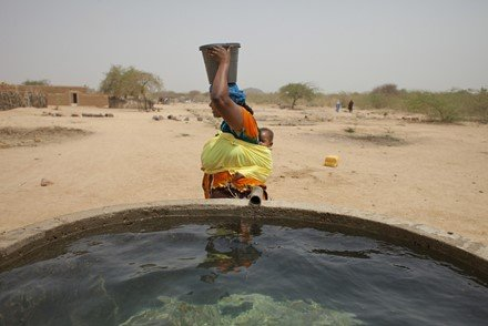 Salama's story - provide clean water - oxfam unwrapped - motherhooddiaries.com