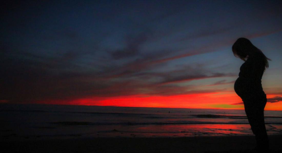 pregnant-sunset