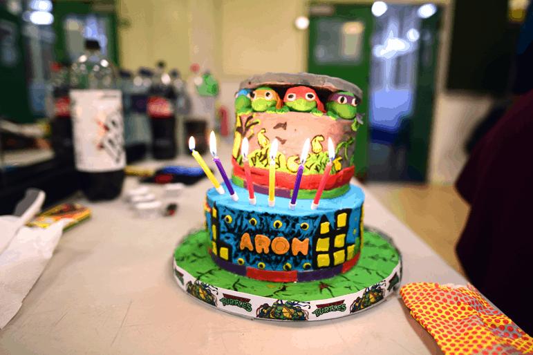 Teenage Mutant Ninja Turtle 2-tier birthday cake - motherhooddiaries