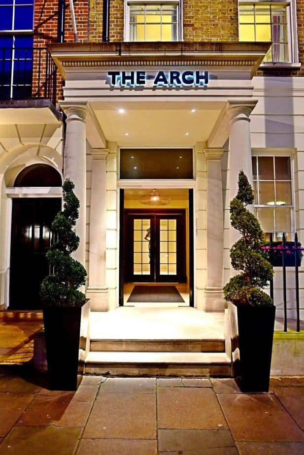 The Arch London Hotel - Entrance - motherhooddiaries