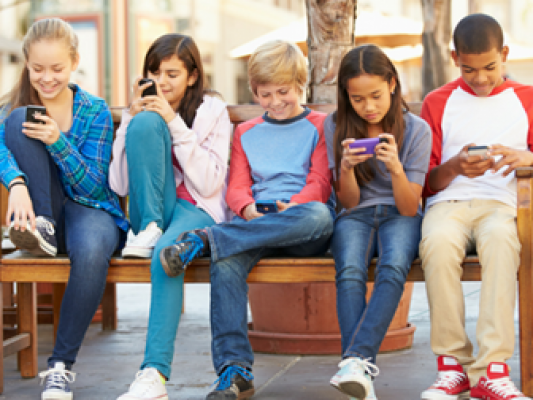 How much screen time should your children have - motherhooddiaries