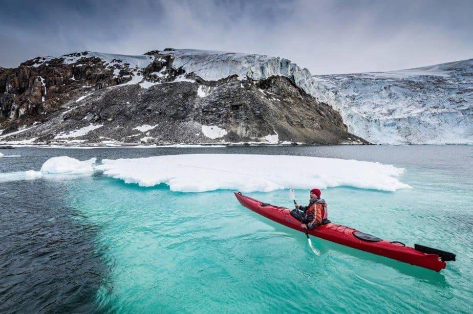 Kayak fun © Oliver Richter-Oceanwide Expeditions - motherhooddiaries