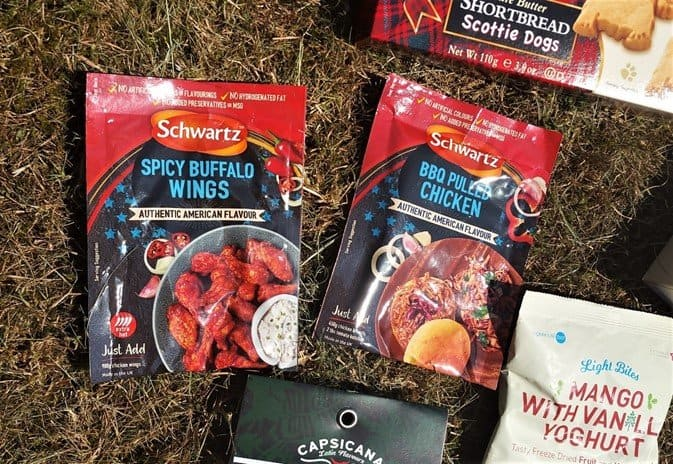 Schwartz Spicy Buffalo Wings and BBQ Pulled Chicken Sauce - June BBQ Degustabox - motherhooddiaries