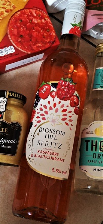 Blossom Hill Spritz - Raspberry & Blackcurrant - July 2017 Summer Degustabox Review - motherhooddiaries