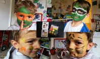 Mini Face Paints Review - Snazaroo Weekend Box