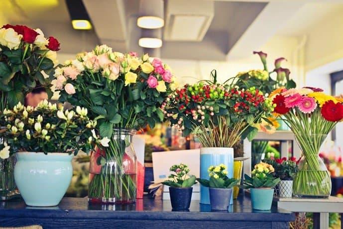 Tips advice on flower arrangements