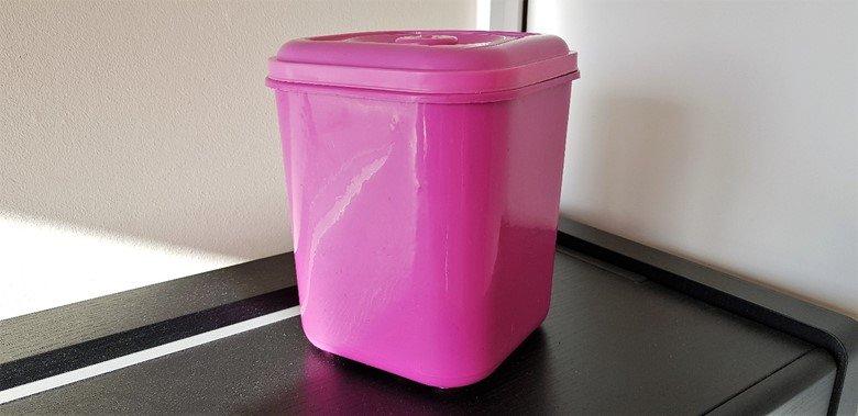 Pink bin