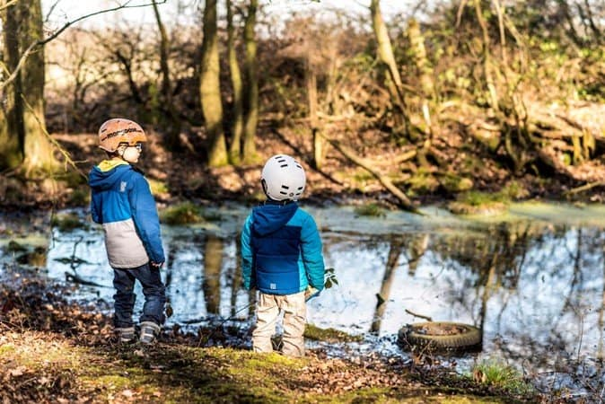 Boys enjoying nature during their walks - https://www.prestonperfectphotography.com