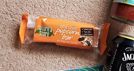 Nature's Store - Salted Caramel Popcorn Bar - December 2018 Degustabox Review