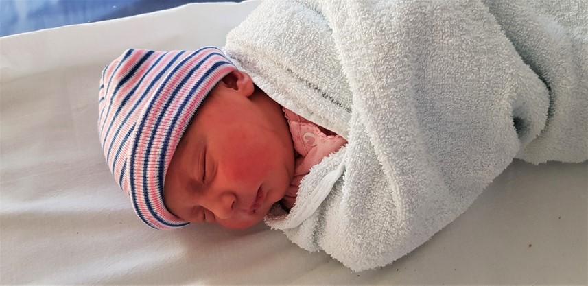 Pink and blue newborn hat - motherhooddiaries.com